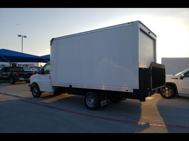 2019 Express 3500 4x2, Supreme Iner-City Cutaway Van #291501 - photo 3