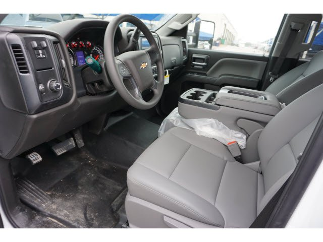 2019 Silverado 2500 Double Cab 4x2,  Cab Chassis #291562 - photo 5