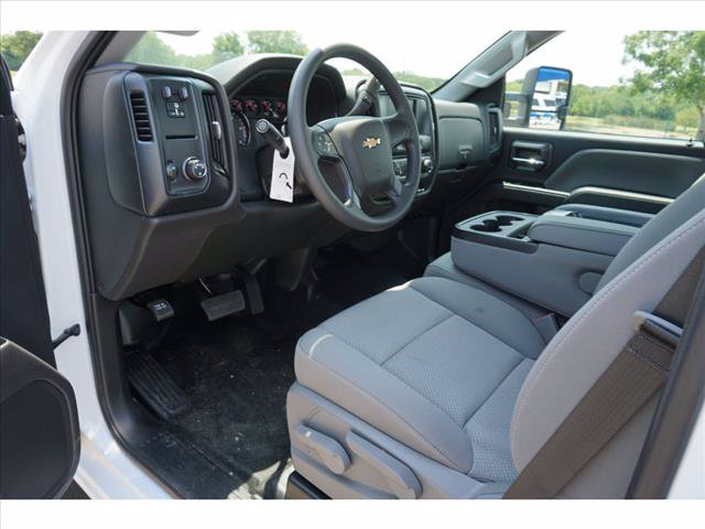 2019 Chevrolet Silverado 4500 Regular Cab DRW RWD, Cab Chassis #293671 - photo 3
