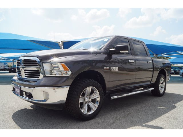 2014 Ram 1500 Crew Cab 4x4 Pickup #P16418 - photo 4