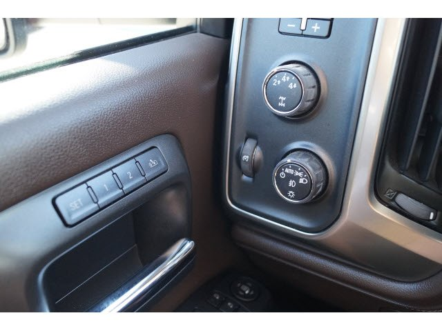 2015 Silverado 2500 Crew Cab 4x4, Pickup #P16537 - photo 16