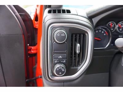 2020 Chevrolet Silverado 1500 Crew Cab 4x2, Pickup #P17496 - photo 13