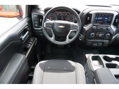 2020 Chevrolet Silverado 1500 Crew Cab 4x2, Pickup #P17496 - photo 7