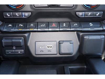 2021 Chevrolet Silverado 1500 Crew Cab 4x4, Pickup #P17556 - photo 11