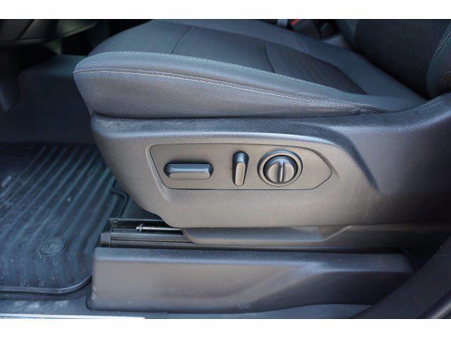 2019 Chevrolet Silverado 1500 Double Cab 4x4, Pickup #P17564 - photo 12