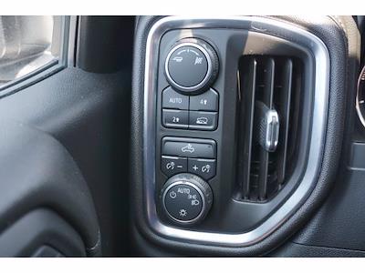 2019 Chevrolet Silverado 1500 Double Cab 4x4, Pickup #P17564 - photo 13