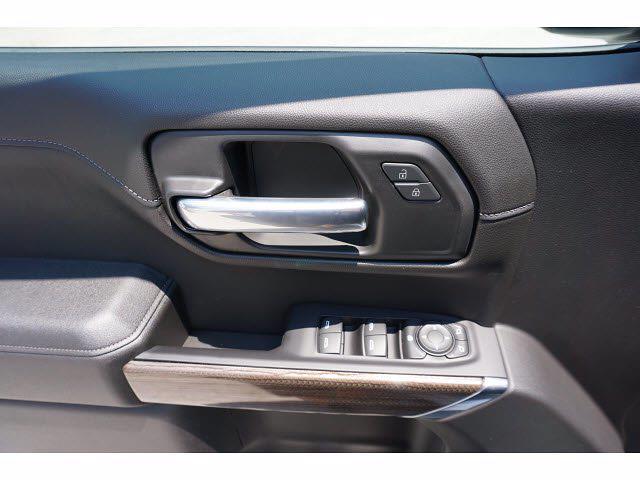 2021 Chevrolet Silverado 1500 Crew Cab 4x2, Pickup #P17581 - photo 16