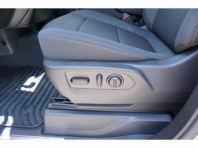 2021 Chevrolet Silverado 1500 Crew Cab 4x2, Pickup #P17581 - photo 15