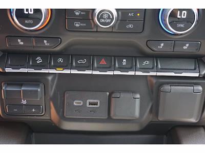 2021 Chevrolet Silverado 1500 Crew Cab 4x4, Pickup #P17584 - photo 11