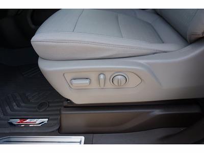 2021 Chevrolet Silverado 1500 Crew Cab 4x4, Pickup #P17585 - photo 17