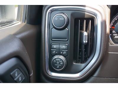 2021 Chevrolet Silverado 1500 Crew Cab 4x2, Pickup #P17604 - photo 17