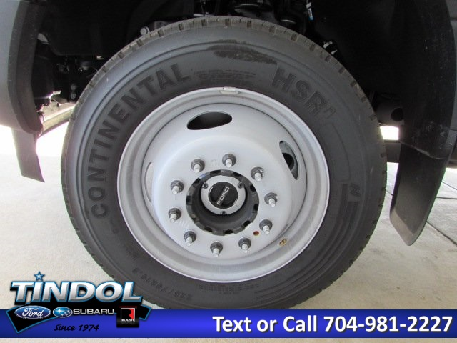 2017 F-550 Crew Cab DRW 4x4, Knapheide Platform Body #76096 - photo 4