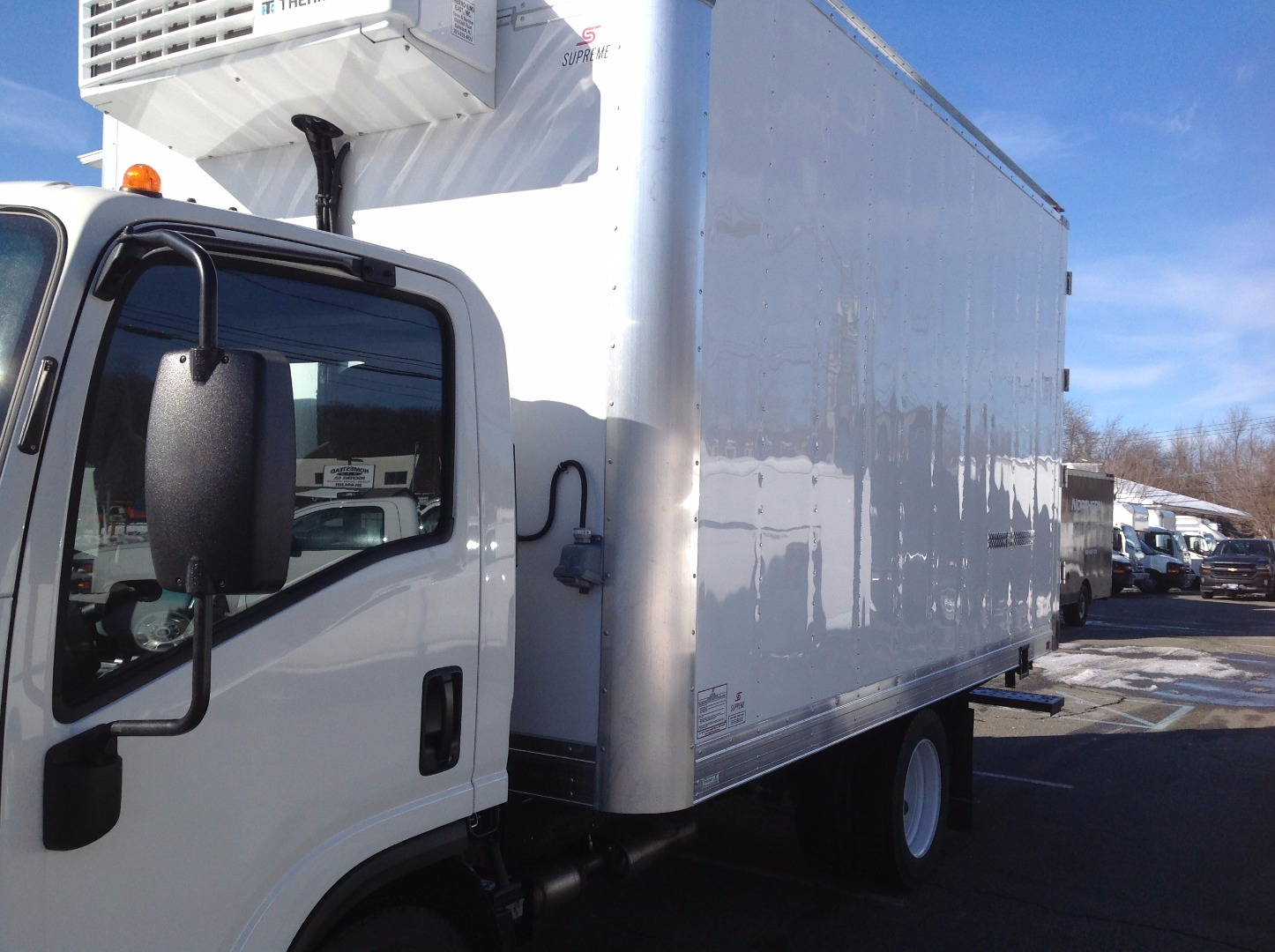 2016 LCF 4500 Regular Cab, Supreme Refrigerated Body #C162070 - photo 6