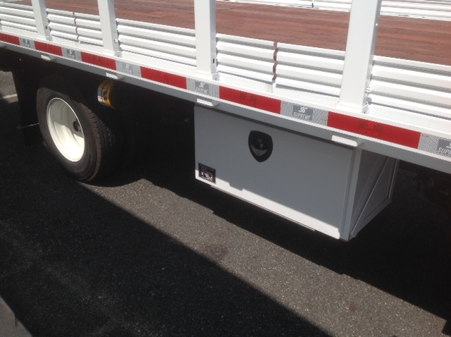 2016 LCF 3500 Regular Cab, Supreme Stake Bed #C163179 - photo 10