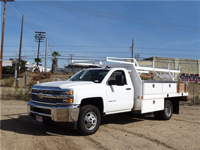 2017 Silverado 3500 Regular Cab DRW, Contractor Body #173384 - photo 3