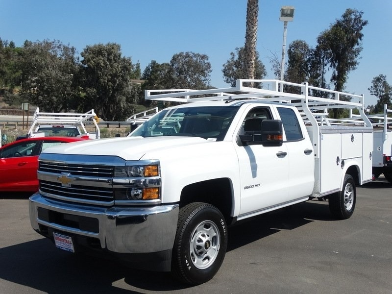2017 Silverado 2500 Regular Cab, Royal Service Bodies Service Body #173432 - photo 3
