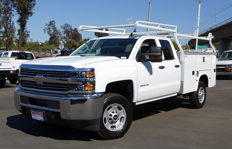2017 Silverado 2500 Double Cab, Knapheide Standard Service Body #173433 - photo 3