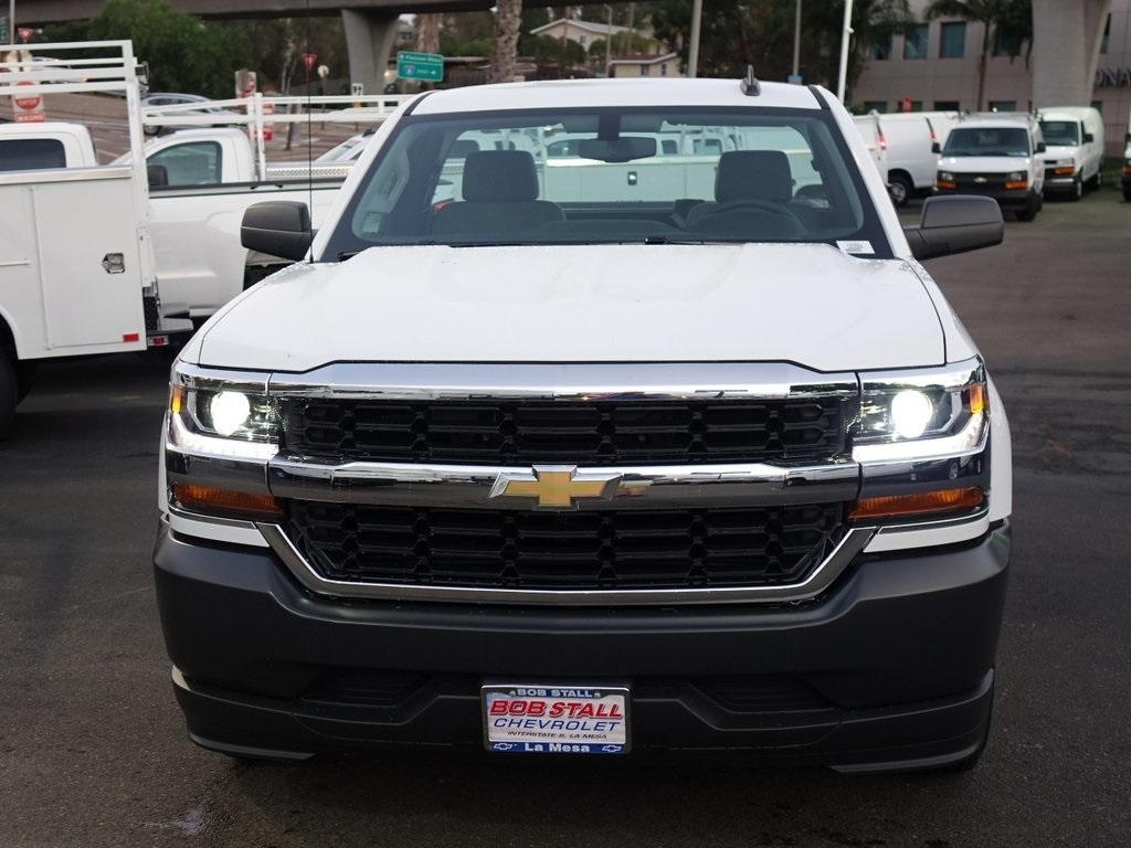 2018 Silverado 1500 Regular Cab,  Pickup #183096 - photo 3