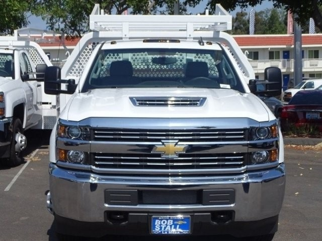 2018 Silverado 3500 Regular Cab DRW 4x2,  Royal Contractor Body #183296 - photo 4
