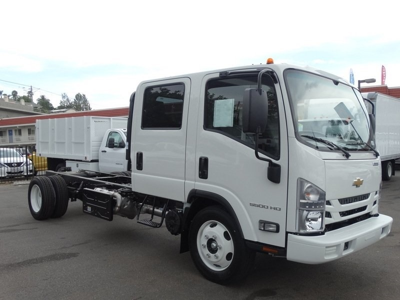 2018 LCF 5500HD Crew Cab,  Cab Chassis #184003 - photo 6