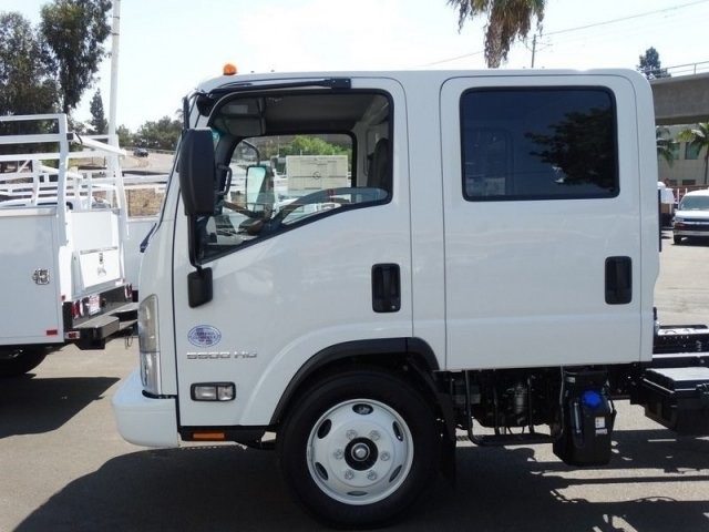 2018 LCF 5500HD Crew Cab,  Cab Chassis #184004 - photo 5