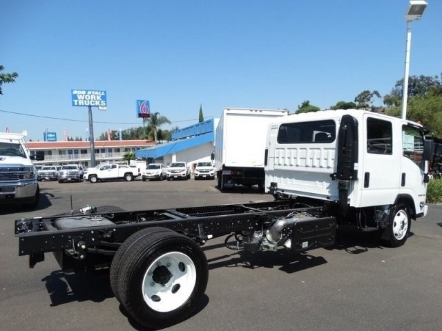 2018 LCF 5500HD Crew Cab,  Cab Chassis #184004 - photo 8