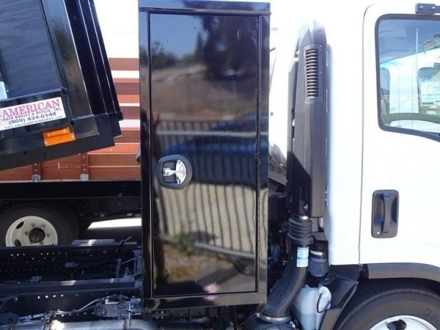 2018 LCF 5500HD Regular Cab,  American Truck Bodies Landscape Dump #184011 - photo 26