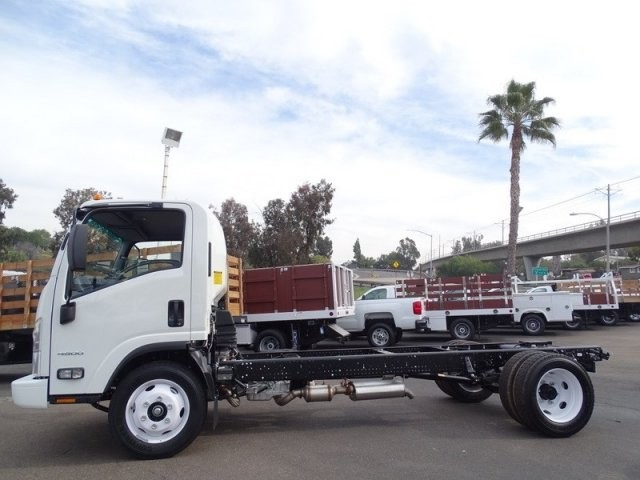 2018 LCF 4500 Regular Cab,  Cab Chassis #184021 - photo 3