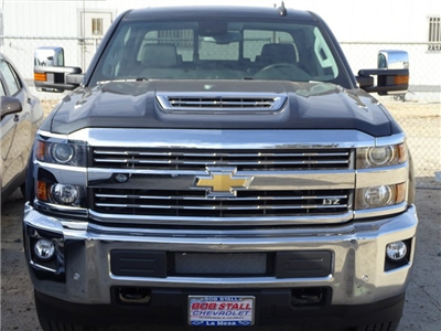 2018 Silverado 2500 Crew Cab 4x4, Pickup #185597 - photo 4