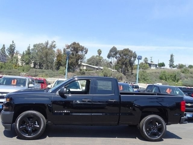 2018 Silverado 1500 Double Cab, Pickup #185648 - photo 4