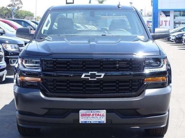 2018 Silverado 1500 Double Cab 4x2,  Pickup #185648 - photo 4