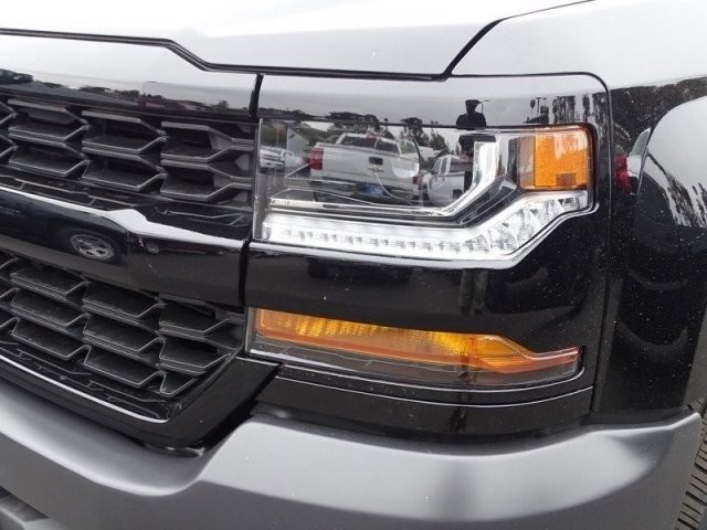 2018 Silverado 1500 Double Cab 4x2,  Pickup #185663 - photo 21