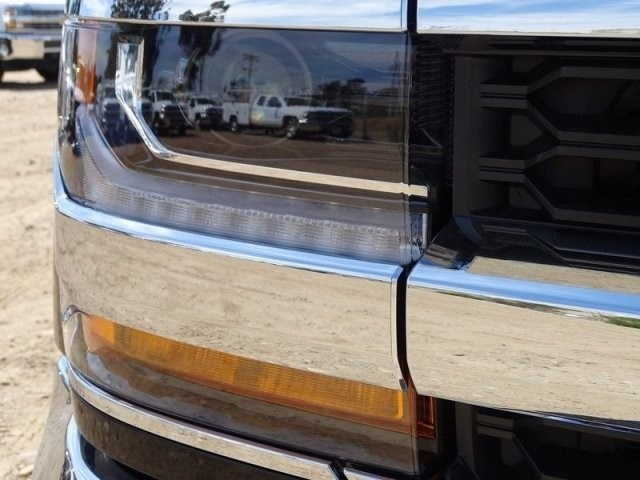 2018 Silverado 1500 Double Cab 4x2,  Pickup #185739 - photo 25