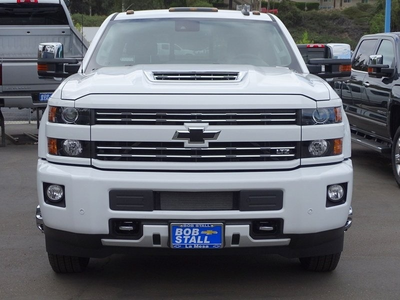 2018 Silverado 3500 Crew Cab 4x4,  Pickup #185798 - photo 5