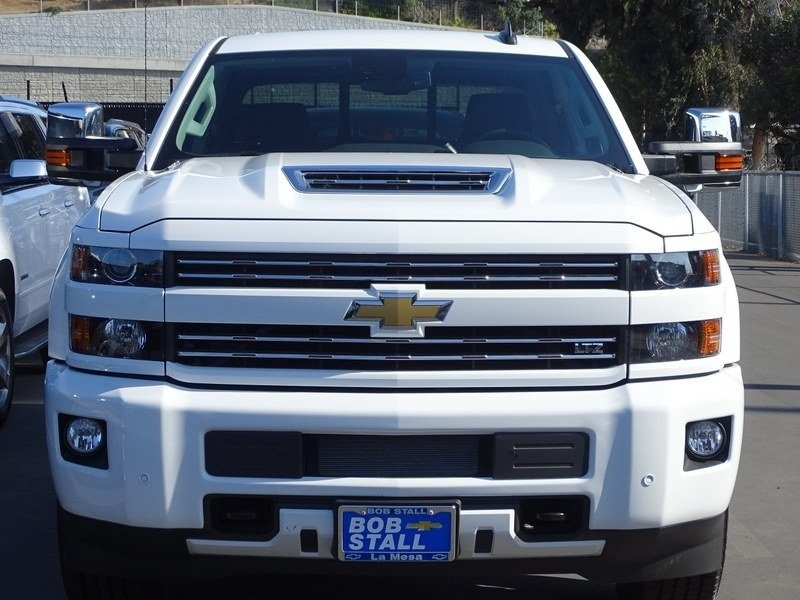 2018 Silverado 2500 Crew Cab 4x4,  Pickup #185868 - photo 5