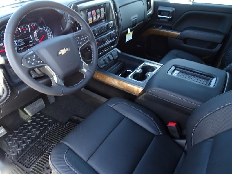 2018 Silverado 2500 Crew Cab 4x4,  Pickup #185868 - photo 8