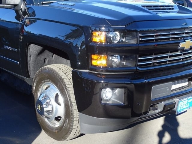 2019 Silverado 3500 Crew Cab 4x4,  Pickup #195250 - photo 32