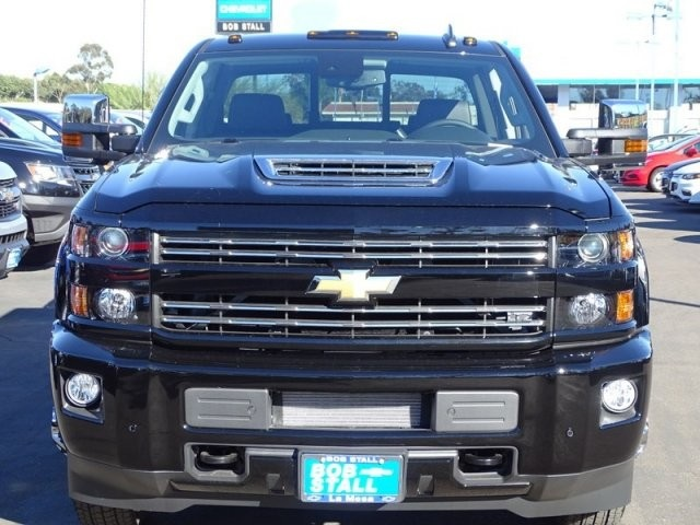 2019 Silverado 3500 Crew Cab 4x4,  Pickup #195250 - photo 6