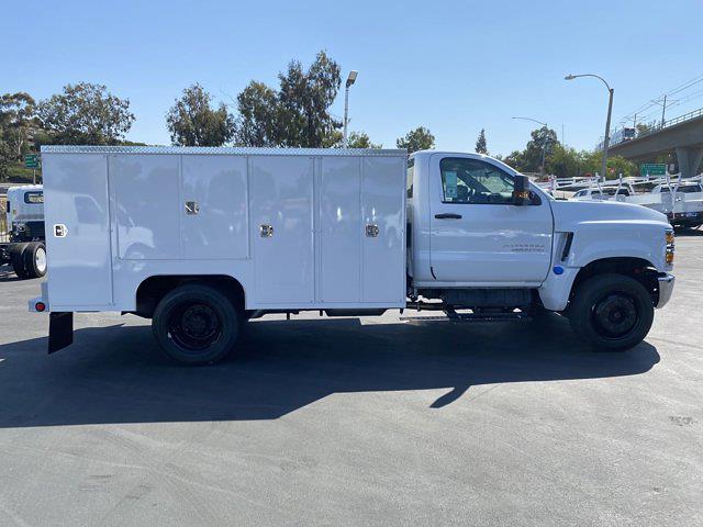 2021 Silverado Medium Duty Regular Cab DRW 4x2,  Scelzi Signature Service Body #213268 - photo 17