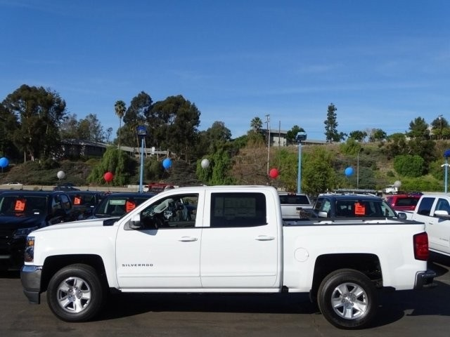 2018 Silverado 1500 Crew Cab 4x2,  Pickup #U185240 - photo 3