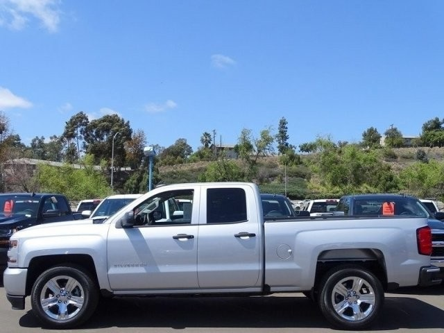 2018 Silverado 1500 Double Cab 4x2,  Pickup #U185772 - photo 3