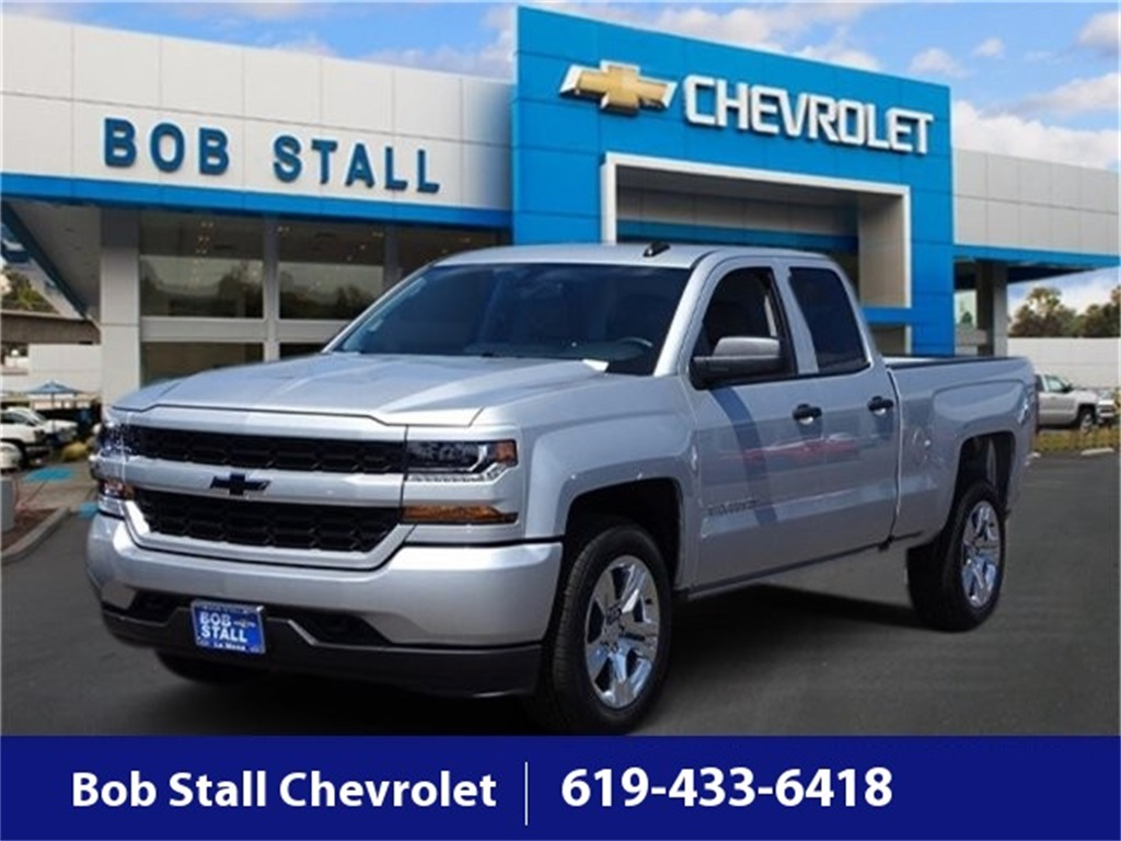 2018 Silverado 1500 Double Cab 4x2,  Pickup #U185772 - photo 1