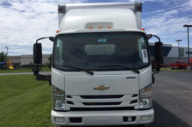 2017 LCF 4500XD Regular Cab 4x2,  Supreme Signature Van Dry Freight #17-7623 - photo 3