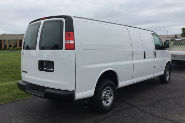 2017 Express 2500 Cargo Van #17-8192 - photo 3