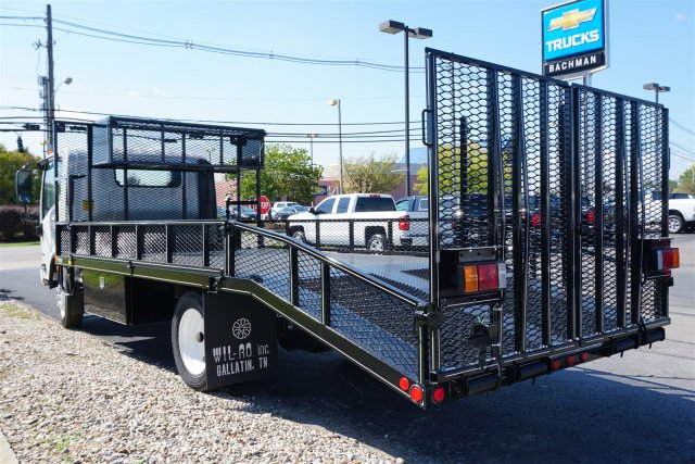 2017 LCF 4500 Regular Cab, Wil-Ro, Inc. Dovetail Landscape #17-8446 - photo 4
