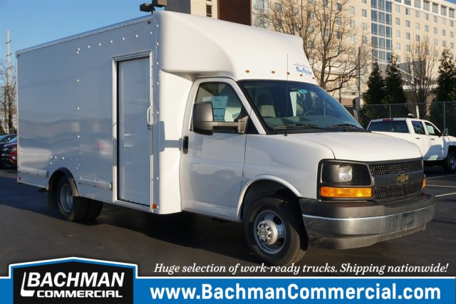 2017 Express 3500, Bay Bridge FRP Cutaway Van #17-8639 - photo 1