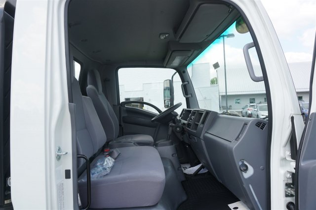 2017 LCF 5500HD Regular Cab 4x2,  Knapheide Stake Bed #17-8646 - photo 18