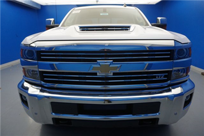 2018 Silverado 2500 Crew Cab 4x4, Pickup #18-0452 - photo 3