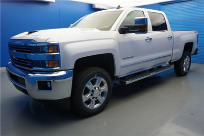 2018 Silverado 2500 Crew Cab 4x4, Pickup #18-0452 - photo 4