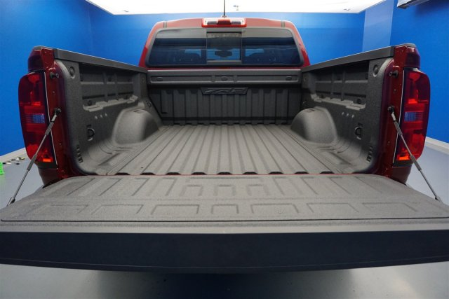 2018 Colorado Crew Cab 4x4,  Pickup #18-0669 - photo 20